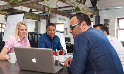 Le coworking : entre télétravail et bureau en entreprise